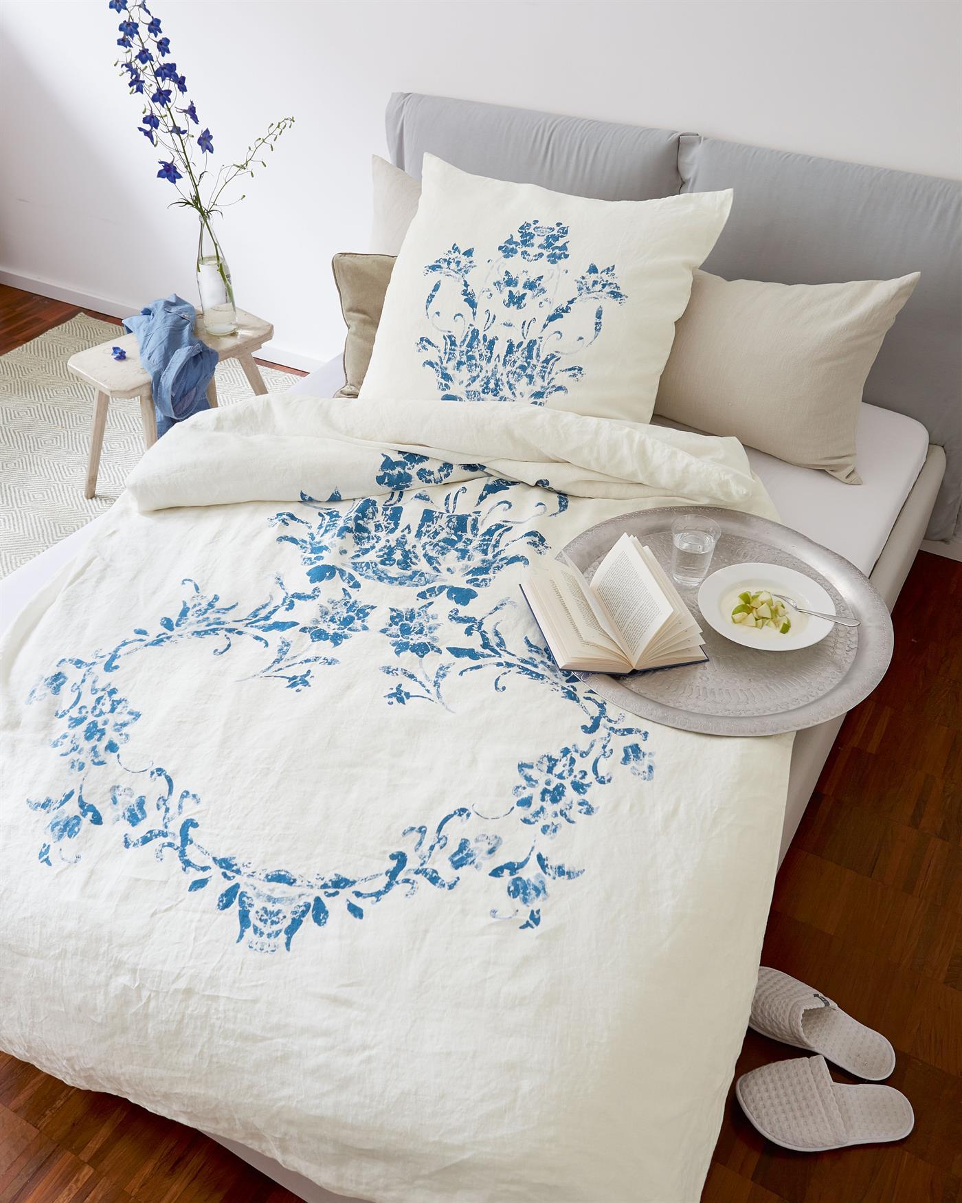 bettw sche blaue blume f r sie auf. Black Bedroom Furniture Sets. Home Design Ideas