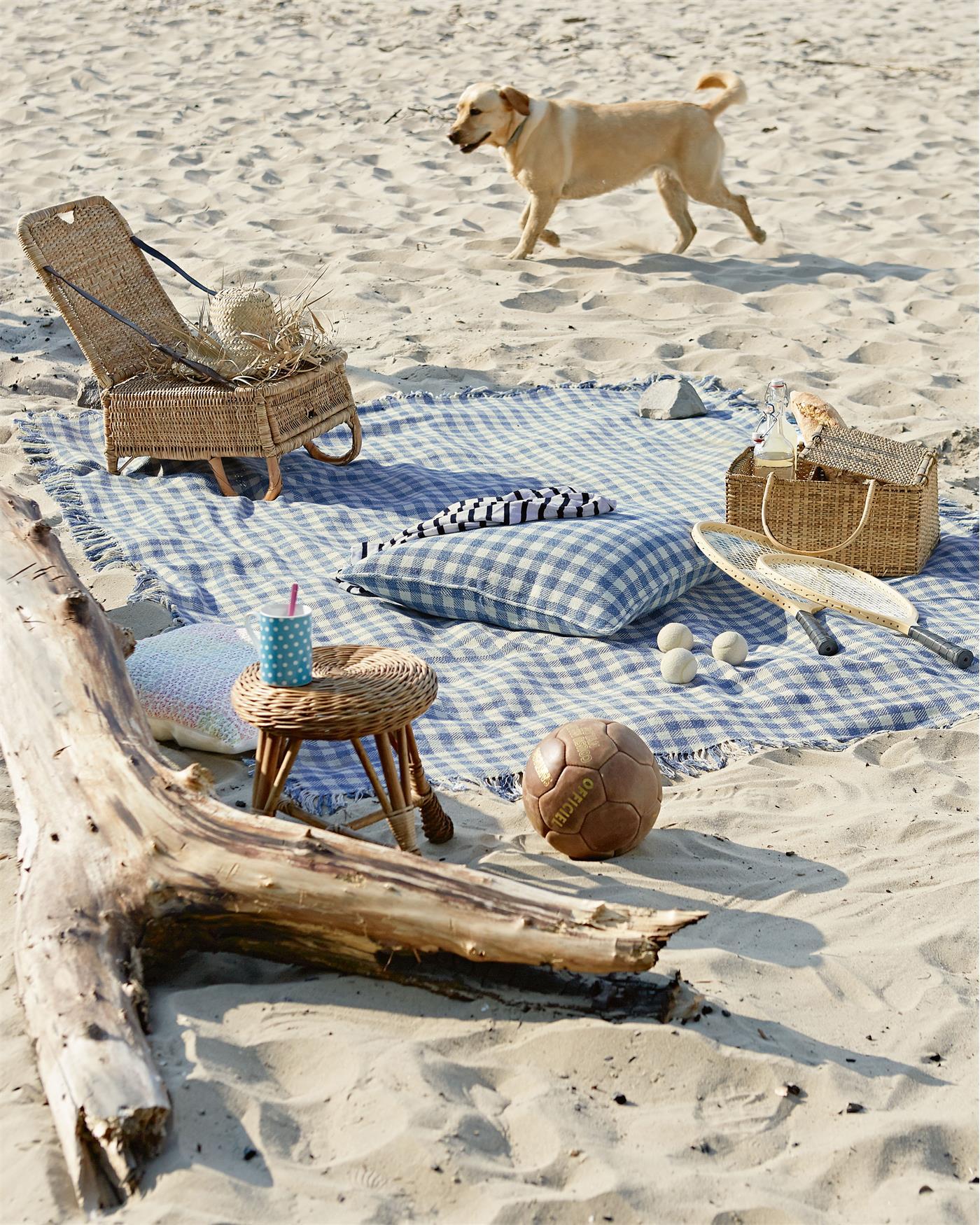 tagesdecke picknick f r sie auf. Black Bedroom Furniture Sets. Home Design Ideas