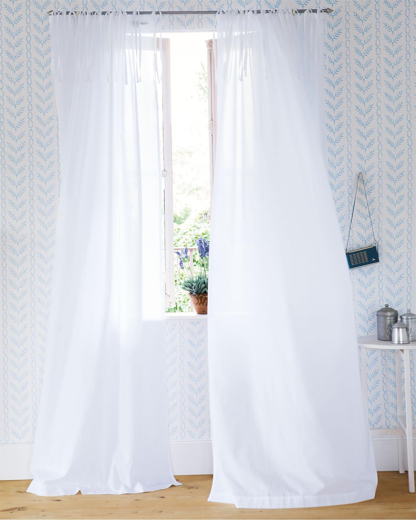 gardinen wieder wei wie werden die stoffe behandelt gardinen waschen mit natron with gardinen. Black Bedroom Furniture Sets. Home Design Ideas