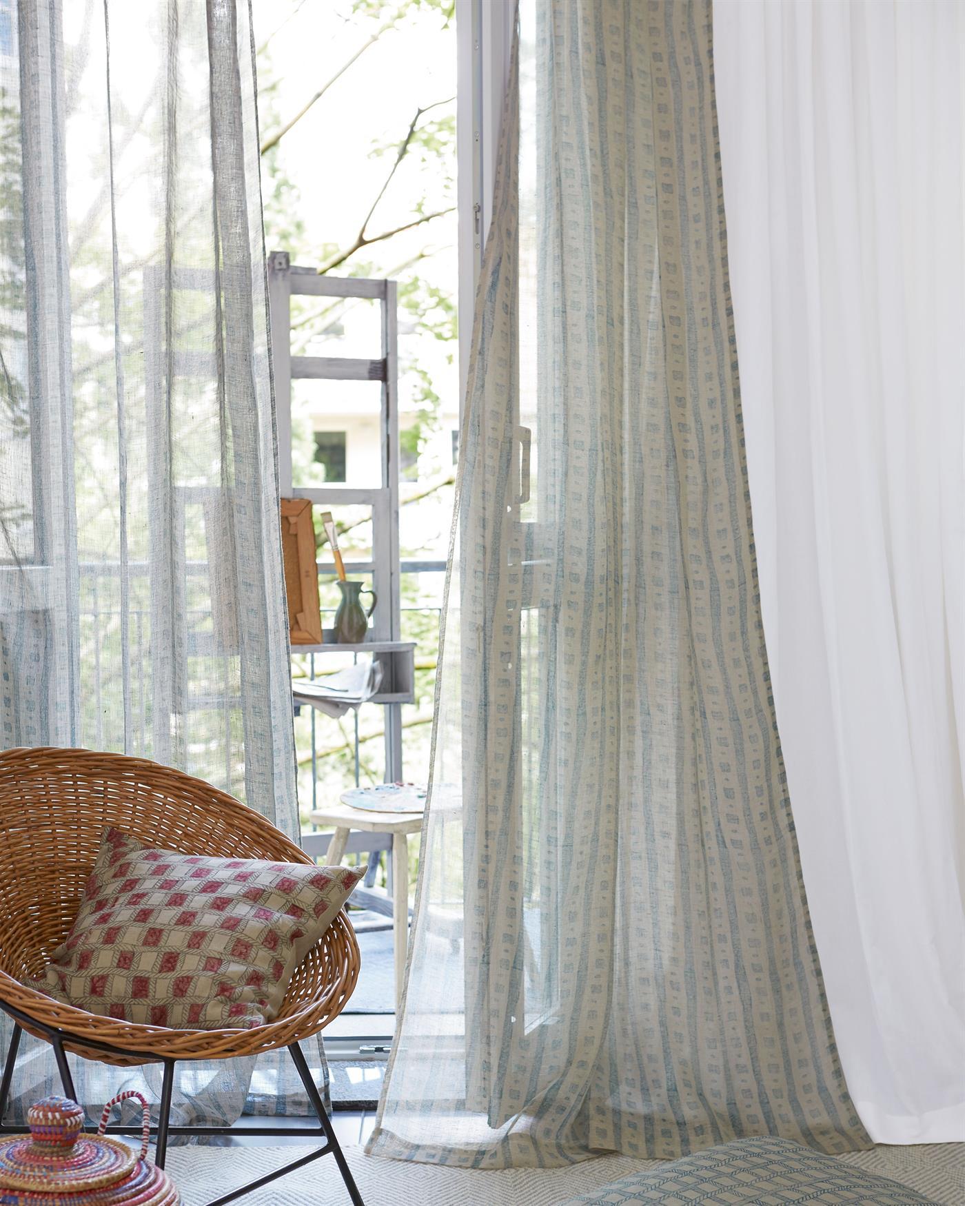 vorhang linea f r sie auf. Black Bedroom Furniture Sets. Home Design Ideas