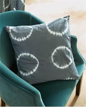 Kissenhülle Batik-Kreis grau