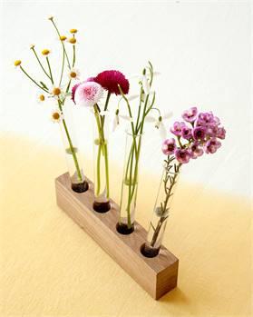 Reagenzglas-Vasen mit Holzsockel
