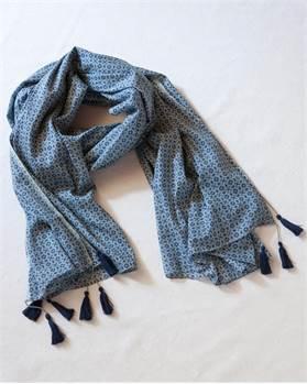 Schal mit Troddeln - blau gemustert
