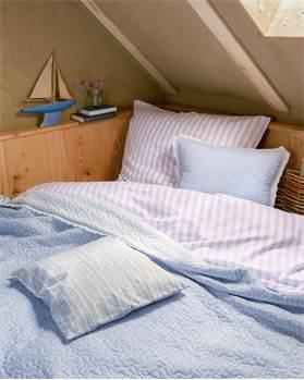 Steppdecke blau-weiß mit Spitze, Baumwolle