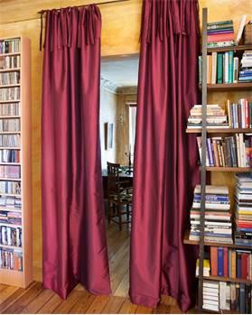 Vorhang Weinrot