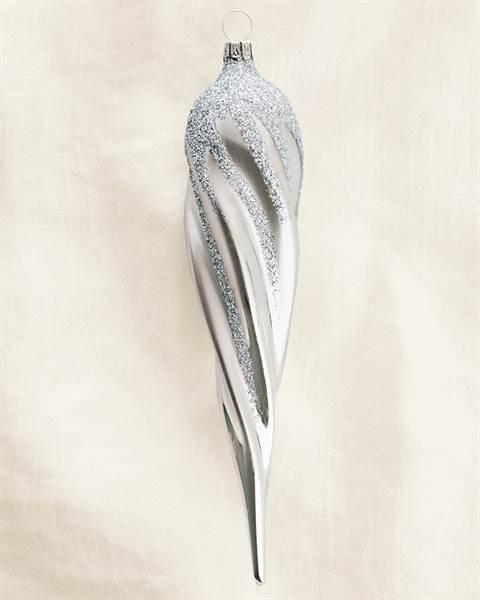 Silberner Tannenzapfen