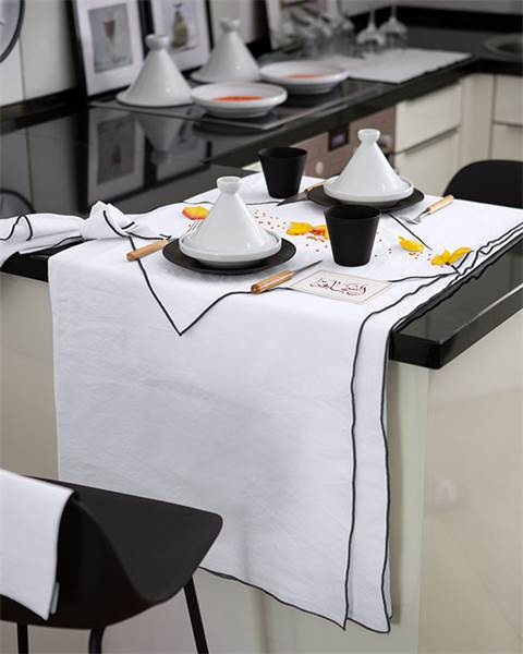 Tischdecke schwarz, weiß