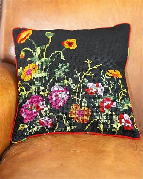 Kissenhülle Blumenstickerei