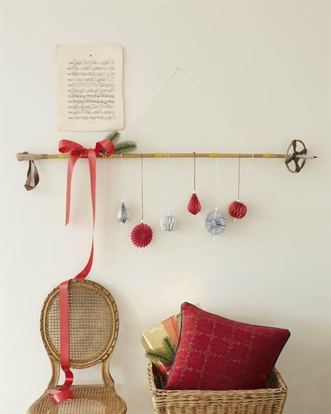 Roter Weihnachtsbaumschmuck, Papier