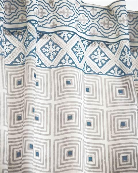 Vorhang Molnar Detail